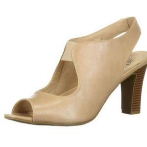 Lifestride comfortable heels Beige Size 8 new
